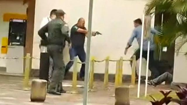 Beveiliger schiet overvaller neer tijdens vluchtpoging Colombia