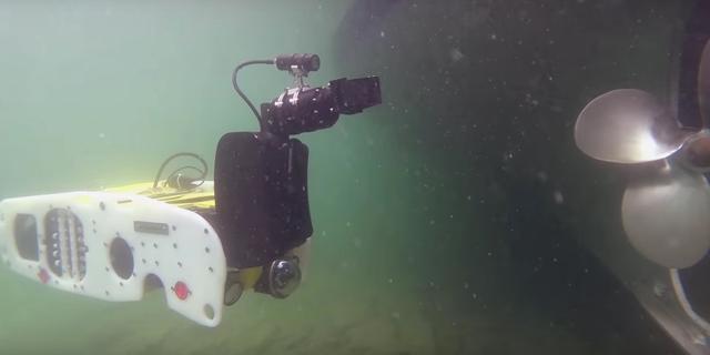 Saab bouwt robots om onderwaterbommen te ontmantelen