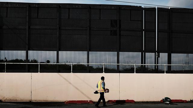 Duizenden meldingen over misbruik migrantenkinderen bij grens VS
