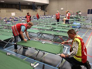 Ruimte voor 250 mensen in sporthal in Crooswijk