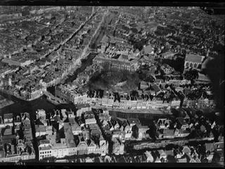 Historische luchtfoto's van de stad