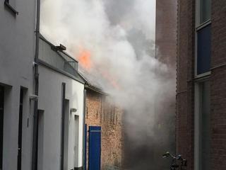 Brand begon in pand aan Molenstraat