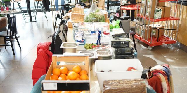 Voedselbank Leiden niet in zwaar weer: 'Blijven open tot bittere eind'