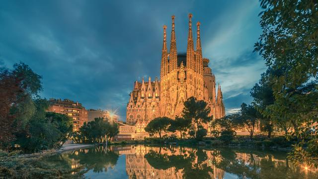Puzzel: Zet jij de Sagrada Familia in elkaar?