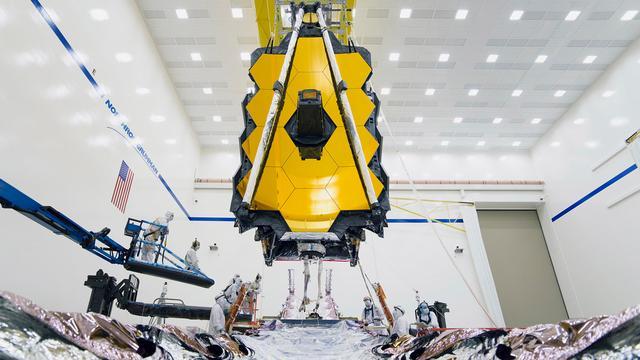 James Webb-ruimtetelescoop voor het eerst in elkaar gezet