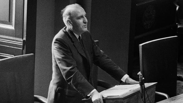 Oud SGP-leider Henk van Rossum overleden