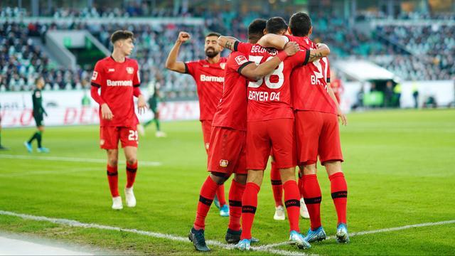Bosz en Bayer Leverkusen rekenen af met Wolfsburg, Klaassen mist penalty