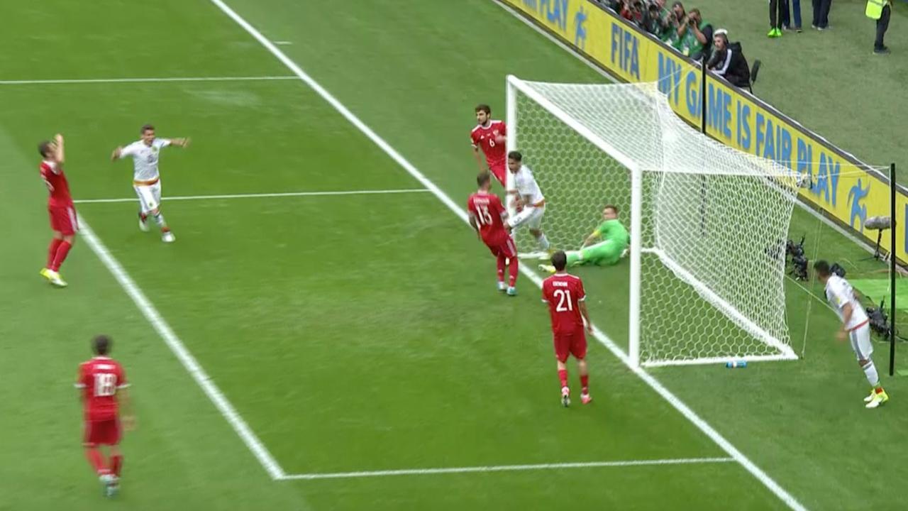 Mexico schakelt Rusland uit op Confederations Cup (2-1)