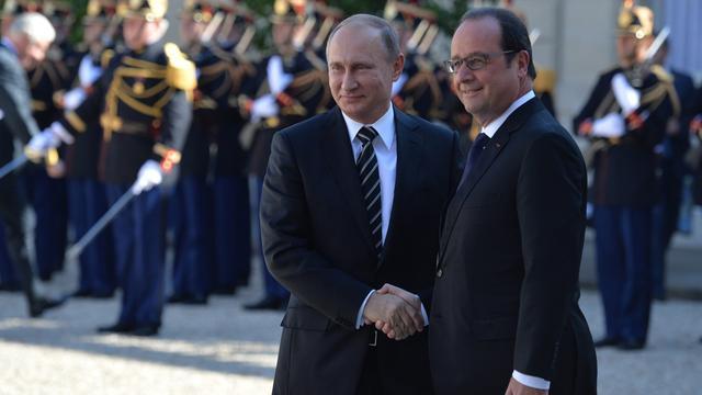 Hollande en Poetin voeren gesprek over Syrië