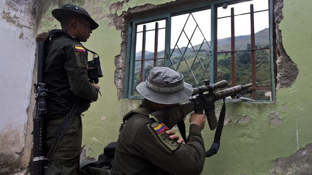 Soldaten Colombia lopen in hinderlaag rebellen