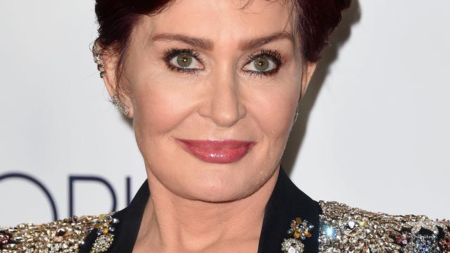 Sharon Osbourne geopereerd aan beknelde zenuw