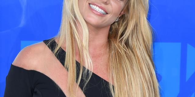 'Vader van Britney Spears wil wettelijk gezag over zangeres stopzetten'