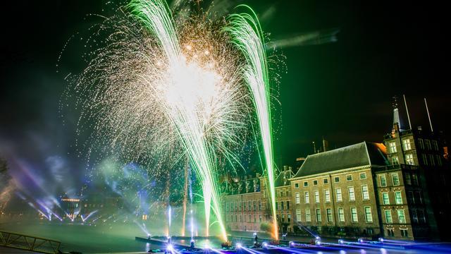 Vuurwerkshow Hofvijver - Den Haag