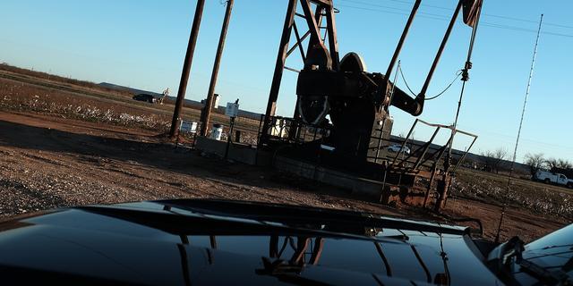 Internationaal Energie Agentschap ziet oliemarkt herstellen in 2017