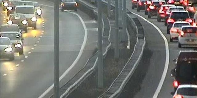 Vrachtauto met pech zorgt voor oponthoud bij Leidsche Rijntunnel