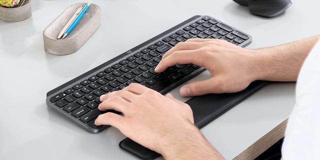 Logitech verkoopt een stuk meer toetsenborden, muizen en webcams