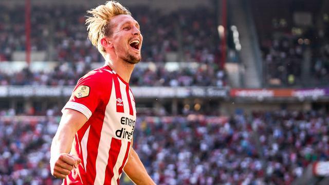 Luuk de Jong opnieuw op middenveld PSV in uitduel met Willem II
