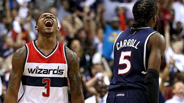 Hawks herstellen evenwicht in halve finale tegen Wizards
