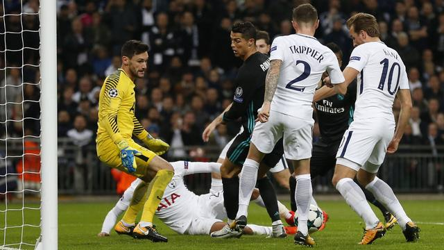 Liesblessure Lloris biedt Vorm kans op speeltijd bij Tottenham Hotspur