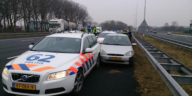 Auto's raken van de weg op A1