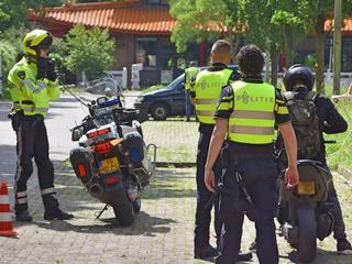Politie controleerde in totaal vijftig brom- en snorfietsers