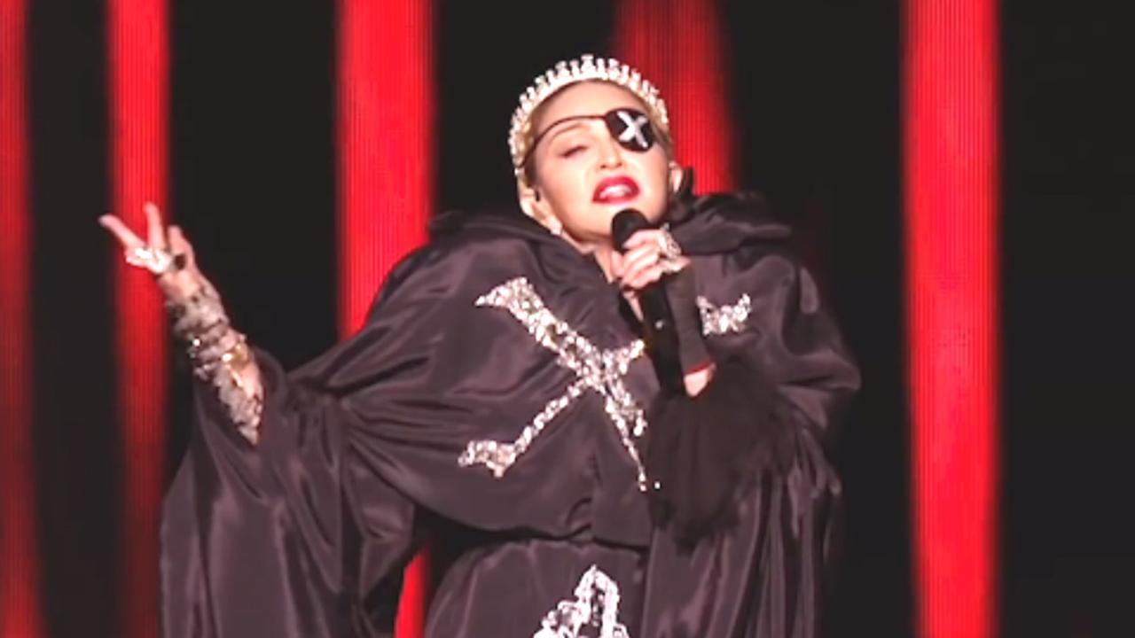 'Vals' Songfestival-optreden Madonna: bewerkte en onbewerkte versie