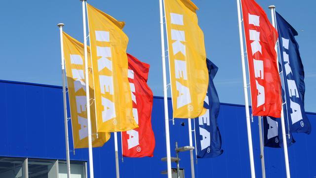 IKEA wil af van plastic bekertjes, rietjes en zakjes