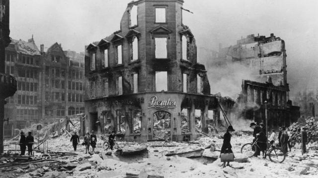 75 jaar geleden: Hoe Hamburg veranderde in de hel op aarde