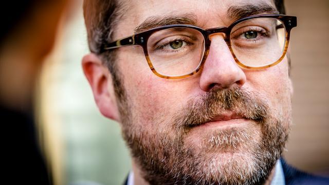 VVD-politicus Klaas Dijkhoff getrouwd met vriendin Anouk
