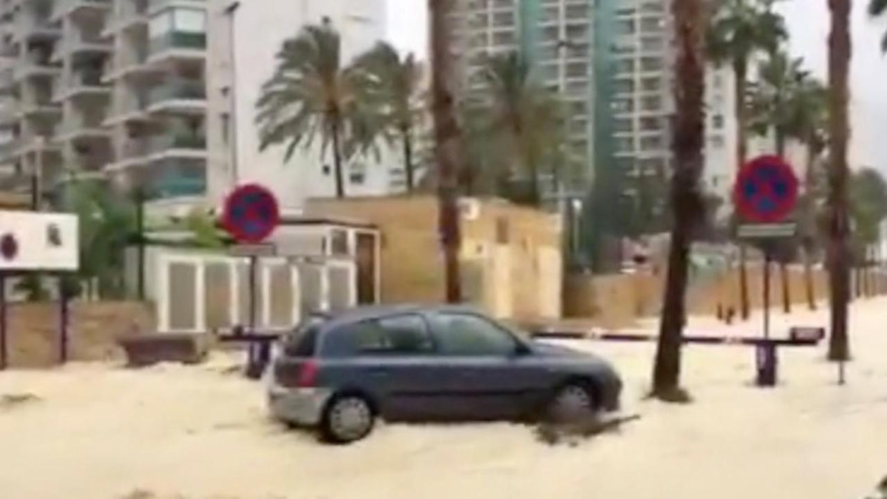 Eén dode door noodweer in oosten van Spanje | NU - Het ...