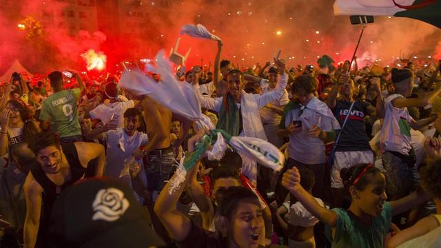 Ruim 280 arrestaties in Frankrijk na voetbaloverwinning Algerije