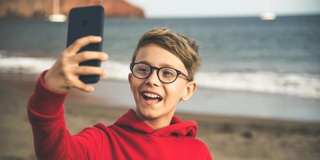 Consumentenbond sleept TikTok voor rechter om schending van privacy kinderen