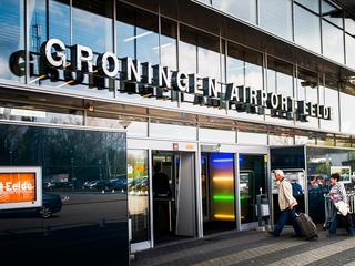 Gemeenteraad Groningen is verdeeld over het belang van het vliegveld