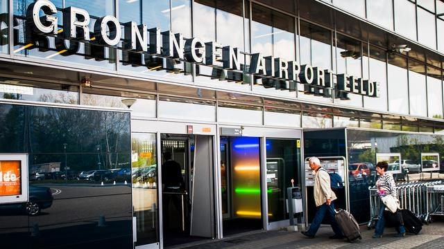 Eerste seizoensvlucht naar Tenerife moet landen op Schiphol door storing