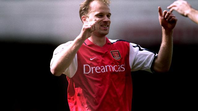 Goal Bergkamp gekozen als mooiste ooit in Premier League