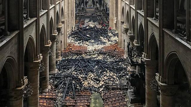 Franse minister: Genoeg geld binnen voor restauratie Notre-Dame