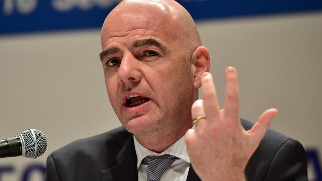 FIFA-voorzitter Infantino wil meer salaris