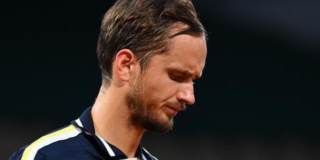 Medvedev kritisch op Roland Garros: 'Amazon krijgt voorkeur boven mensen'