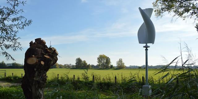Een kleine windmolen op je eigen dak, wat levert dat op?