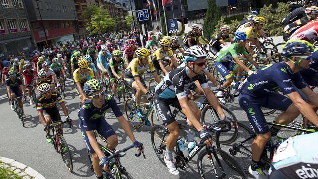 Liveticker Vuelta: Aru neemt leiderstrui over van Dumoulin