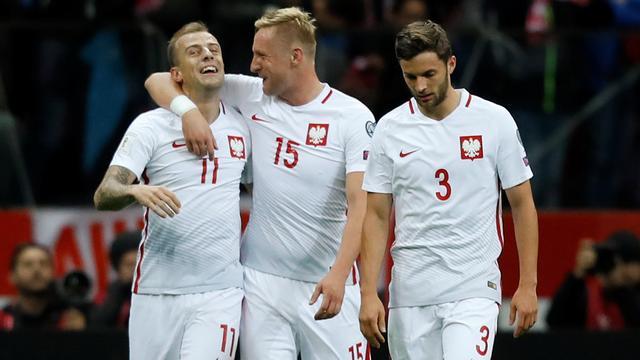 Polen verzekert zich van achtste WK-deelname, play-offs voor Denemarken