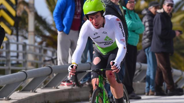Gevallen Cavendish komt te laat binnen en wordt uit Tirreno gezet