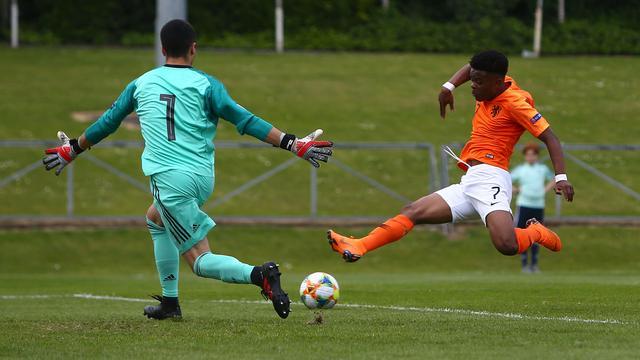 Oranje onder 17 door late zege op Spanje wederom tegen Italië in EK-finale