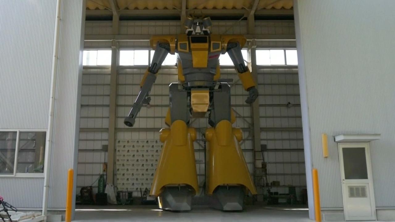Japanner bouwt robot van 8,5 meter