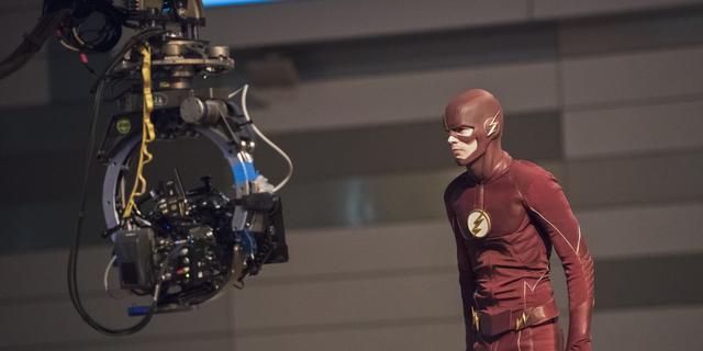 Makers serie The Flash staken opnames vanwege besmet crewlid