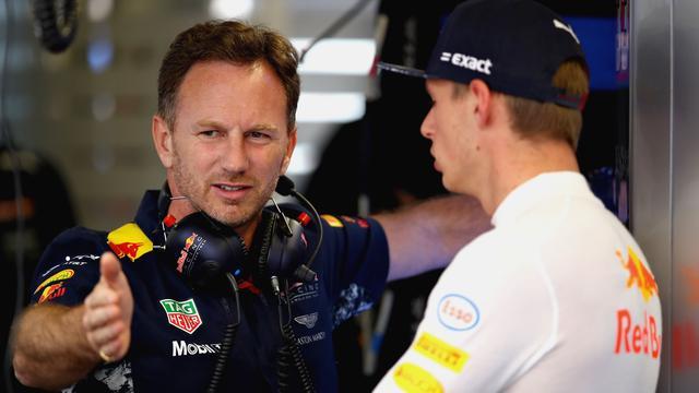 Horner denkt niet dat Verstappen zich laat verleiden door Mercedes of Ferrari