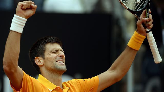 Djokovic en Federer naar finale in Rome, Sjarapova treft Suarez