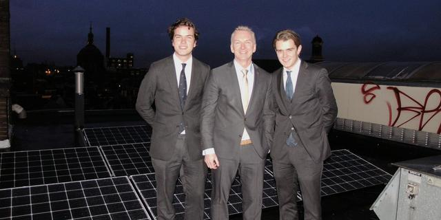 LSV Minerva onthult 95 zonnepanelen op dak aan Breestraat