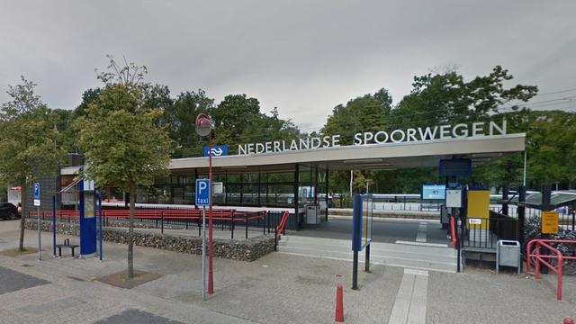 Brand gewoed in trein op station Etten-Leur door warmgelopen remmen