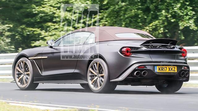 Aston Martin Vanquish Zagato Volante in actie op Nürbürgring